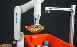 AI-powered picking and packing robots assist farmers with unforeseen labour shortages